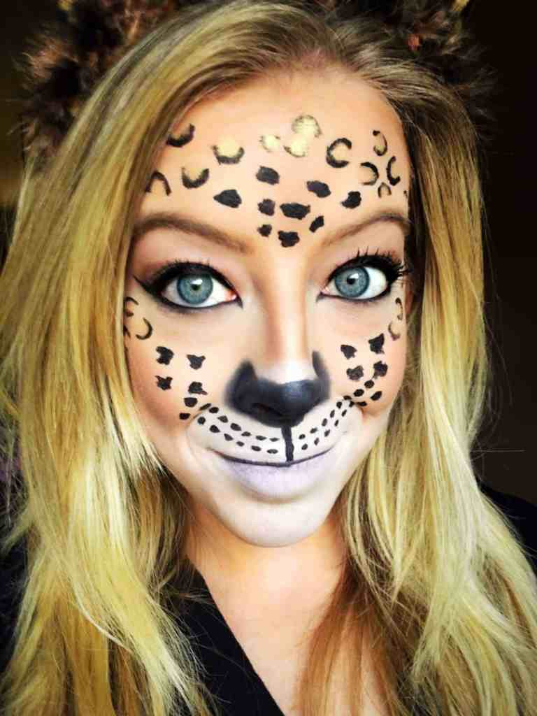Leopard Makeup -These 5 Pretty + Easy Halloween Makeup Looks will inspire you to get creative with your makeup this year for Halloween. From pretty and girly to spooky and scary, these makeup looks are perfect for wearing to all your Halloween parties!