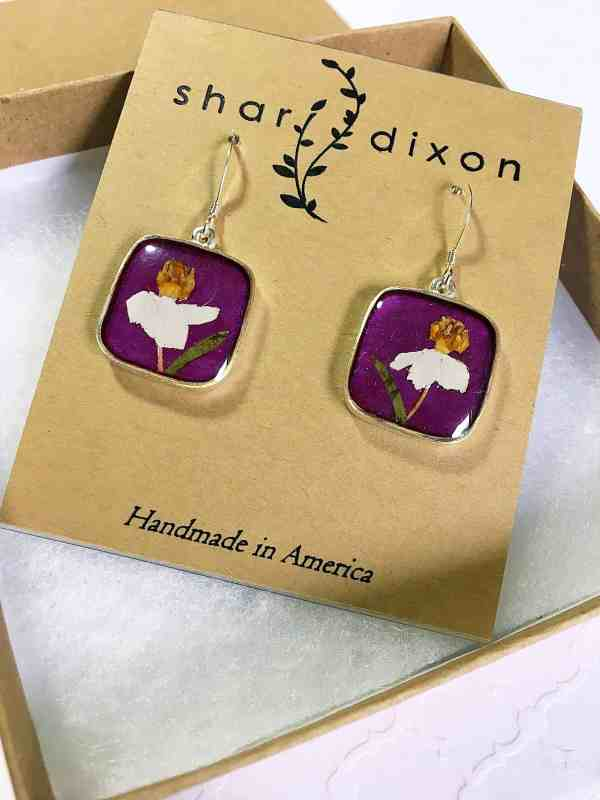 You won't believe what these handmade gifts and jewelry items are made with! They'll make mom feel so special and loved!