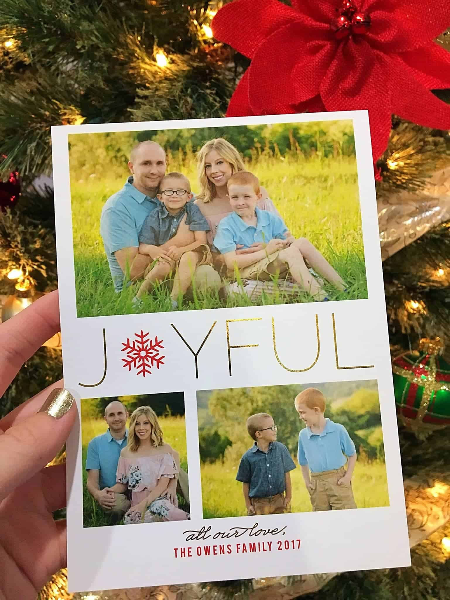How to Create the Most Beautiful Photo Christmas Cards This Year