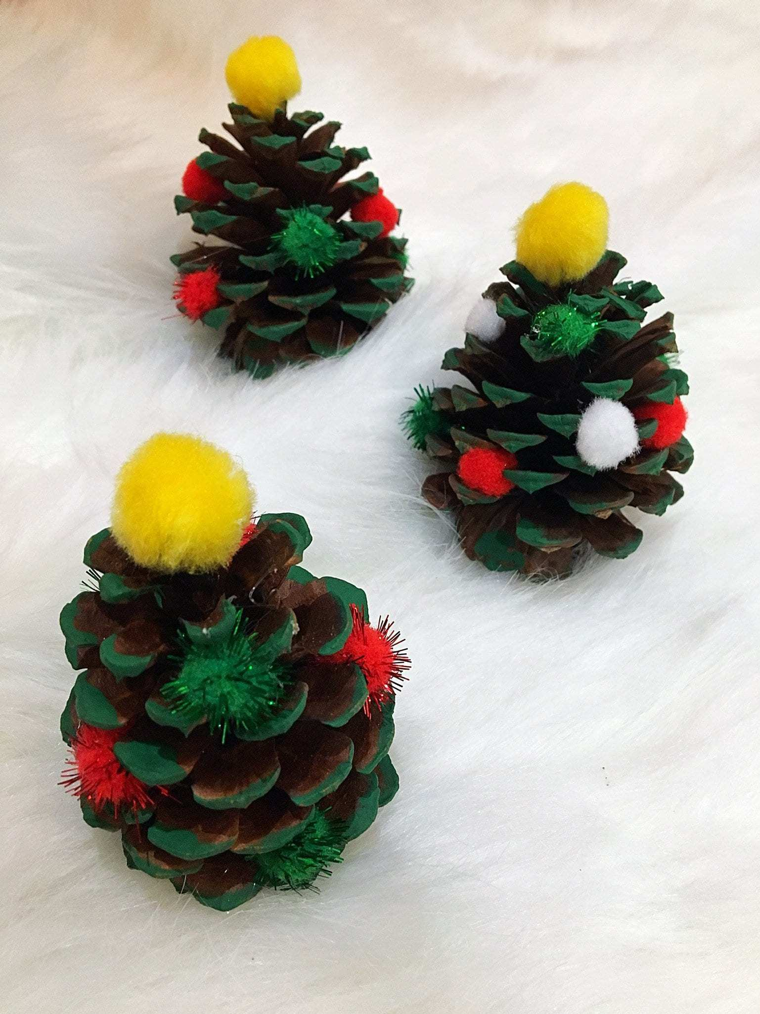 easy adorable kids pinecone christmas ornaments