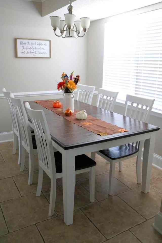Beautiful Chalk Painting Dining Table with beautiful flower decoration