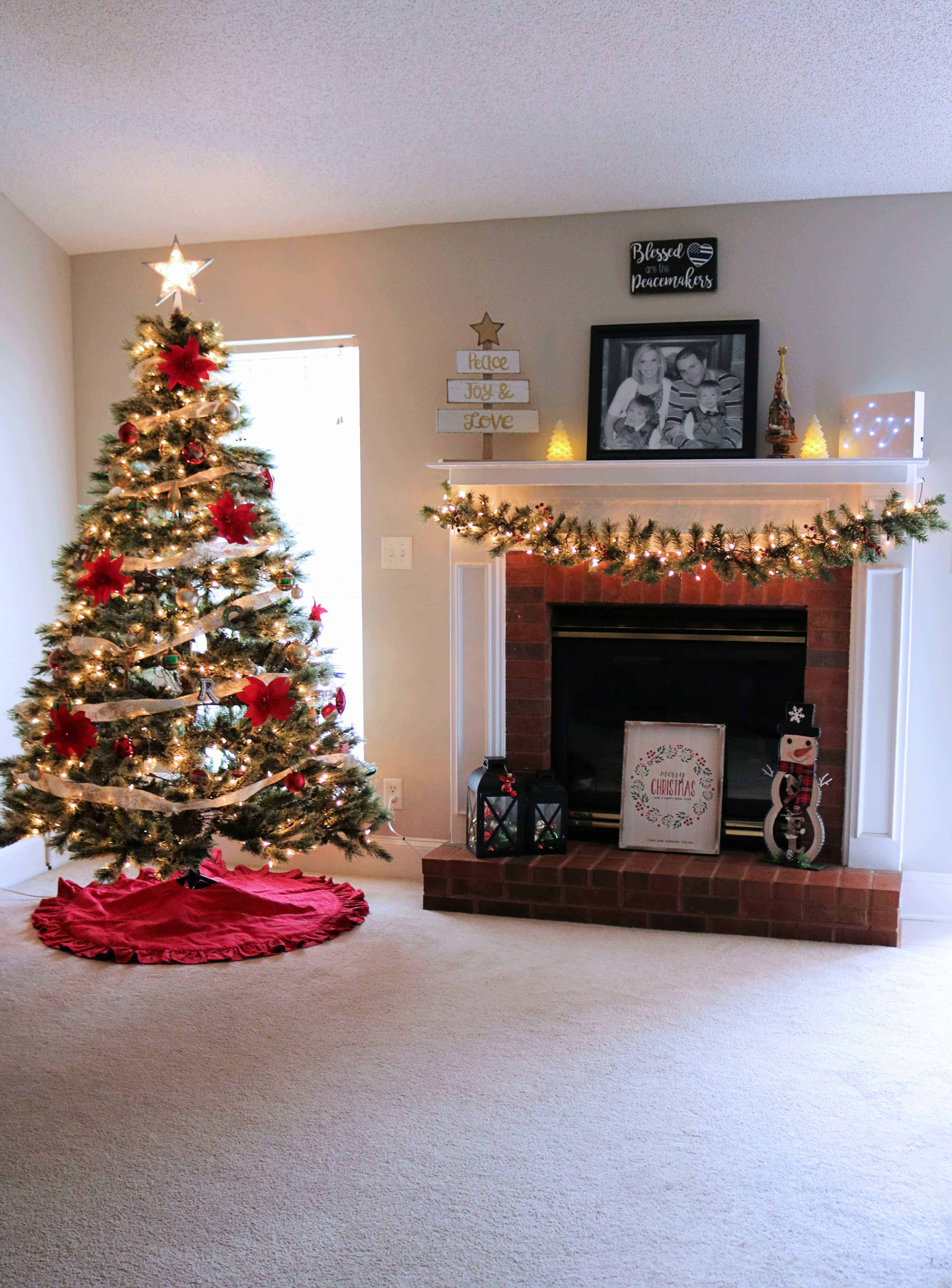 Personalized Christmas Decorating Ideas - Kindly Unspoken