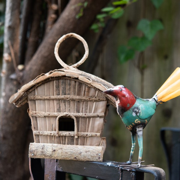 RECYCLED METAL BIRD RED
