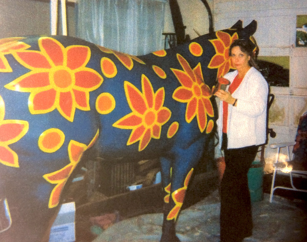 horse-painted-charity_www1200