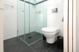 toilet King David Residence 205-10
