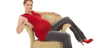 Pregnant Women In Heels: Is It Safe?