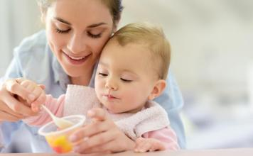 Introducing Your Toddler the Spoon Self-Feeding as a New Milestone