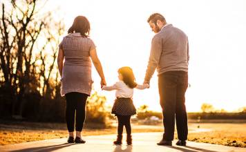 """What you need to Know About the """"Parenting with Love and Logic"""" Model?"""