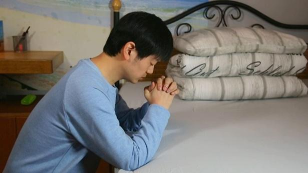 弟兄在祷告