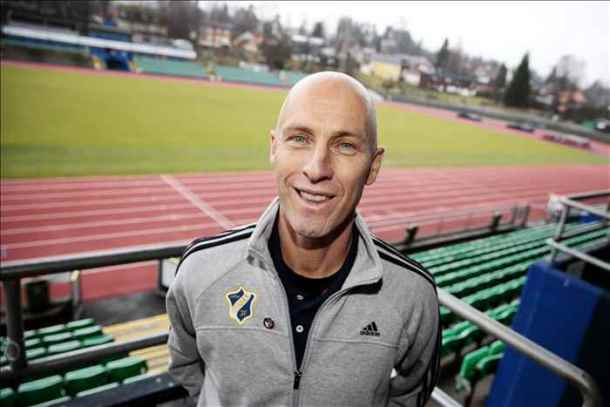 Bob Bradley hints at bringing Egyptians to Stabæk