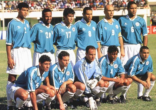 Egypt poses for a team photo ahead of the 1998 Africa Cup of Nations final against South Africa
