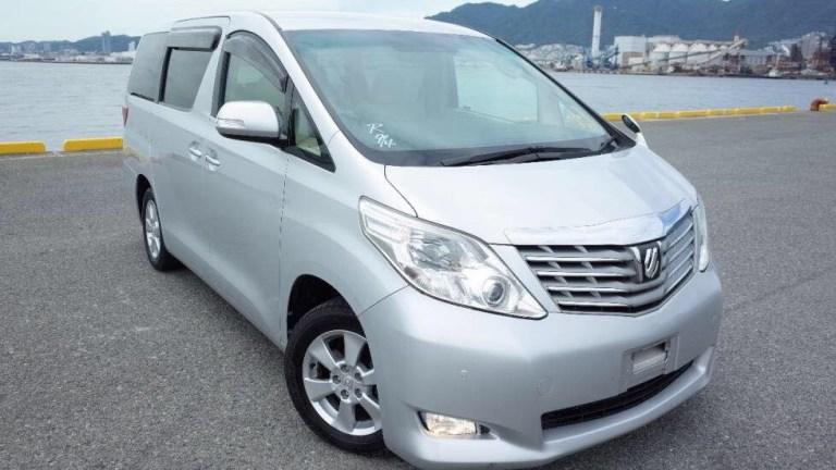 Babuu-Taxi-Services-1