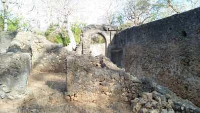 Exkursionen Kenya 2020 Excursions Kenya 2020 Escursioni Gede Ruins Rovine di Gede Ruinen von Gede