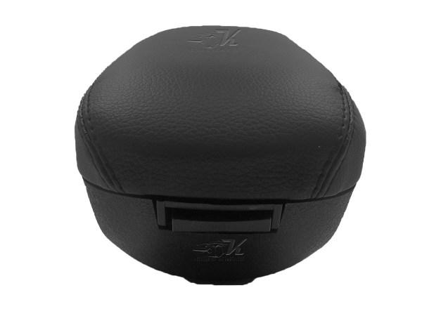 Mejora la apariencia del interior, brinda soporte en el apoya brazos, calidad y diseño.