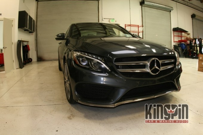 Mercedes C400 Audio