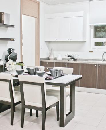 Dinning Room & Bar Furniture