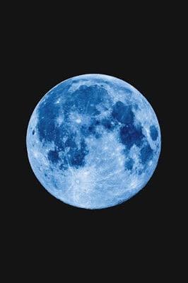 Foto Bulan Warna Biru