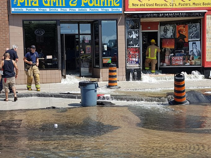Utilities Kingston and Kingston Fire & Rescue responded to a large water main break on Princess St Saturday morning. Photo via Lindsey Foster