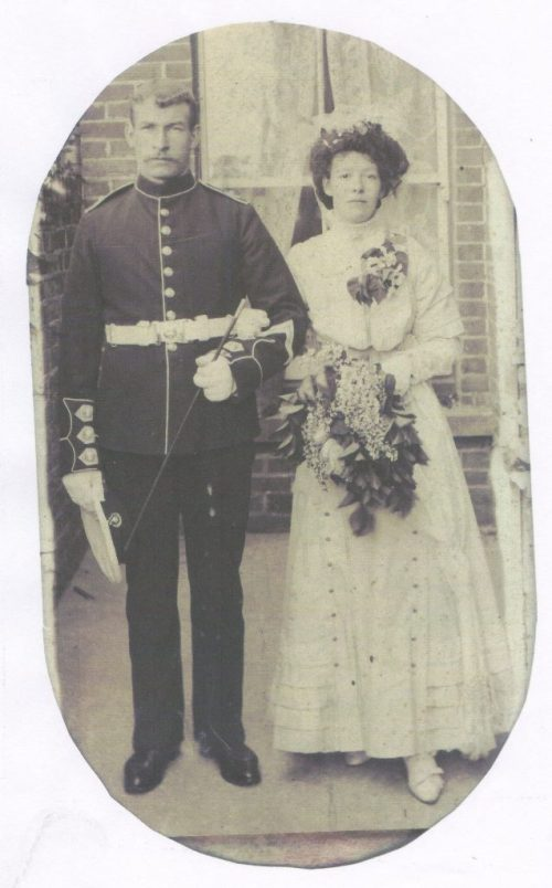 Walter William Hunt & Annie Barber wedding 1909