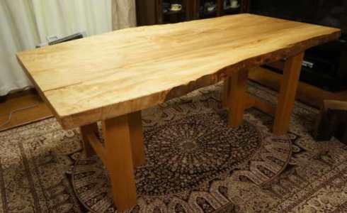 栃一枚板テーブル