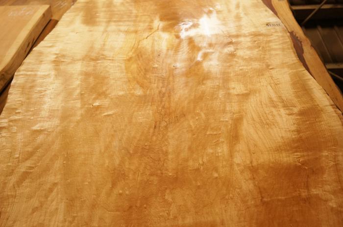 楓一枚板テーブル