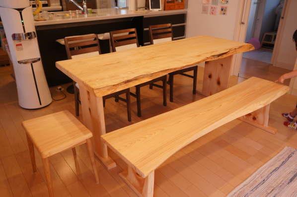 ヒノキ一枚板ダイニングテーブル