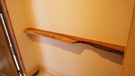 一枚板玄関棚板