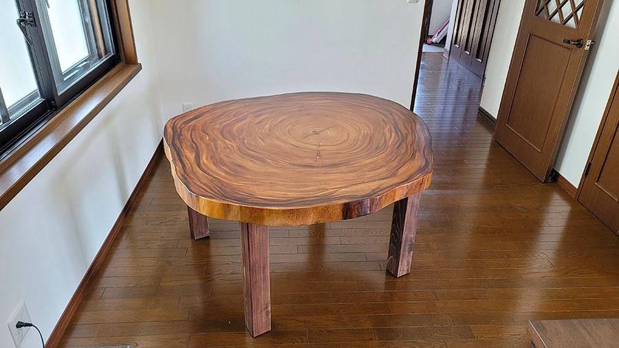 一枚板丸テーブル