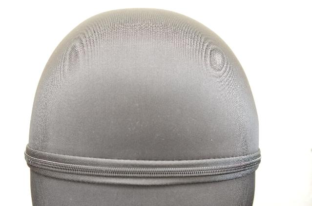 モンデールヘッドスパ「mondiale head spa iD3X」の箱