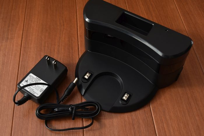 Anker eufy RoboVac 11の充電ステーション