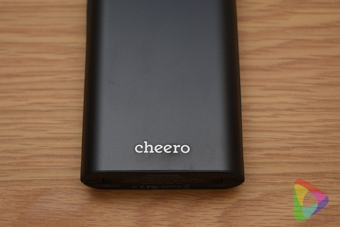 cheero Twintail 10050mAh