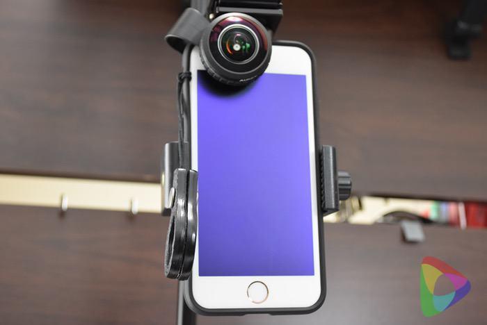 カメラ三脚(200-DGCAM011)スマホを装着