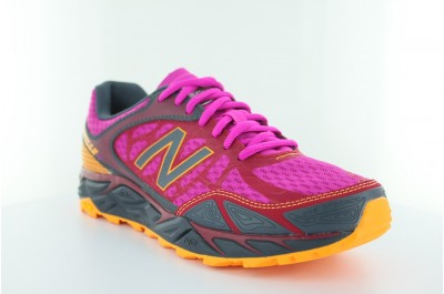Women's NB Leadville v3