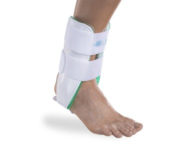 aircast-air-stirrup-ankle-brace-02cr