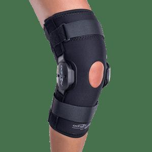 Donjoy deluxe hinged knee oa brace