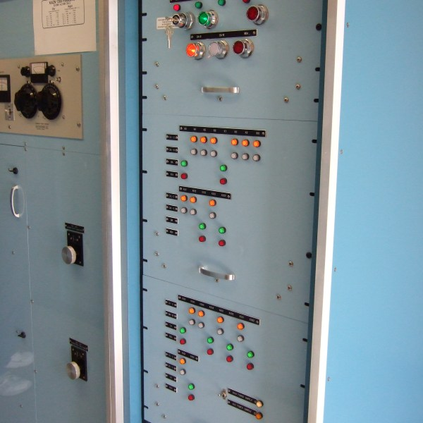 "Standard Painted Indoor 19"" Equipment Rack-PLC Controller-Relay Controller"