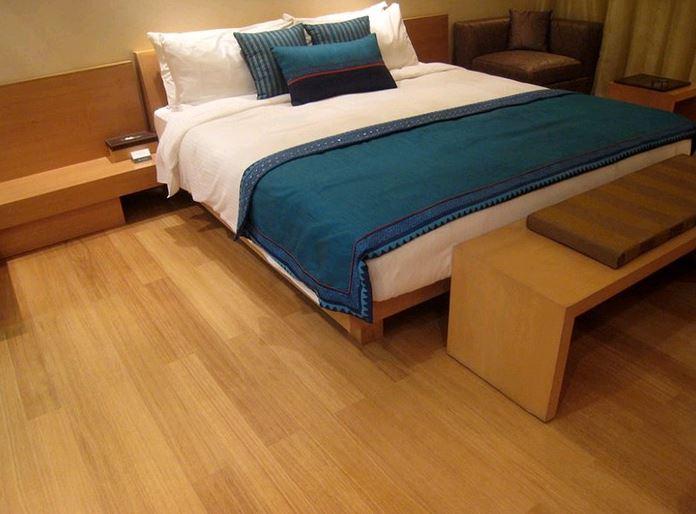harga lantai kayu lamianted