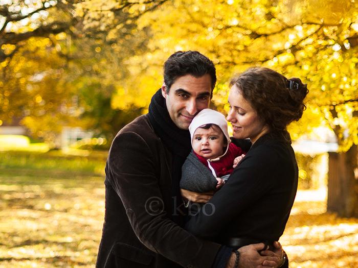 Farshad Kholghi og familie af Kira Bang-Olsson