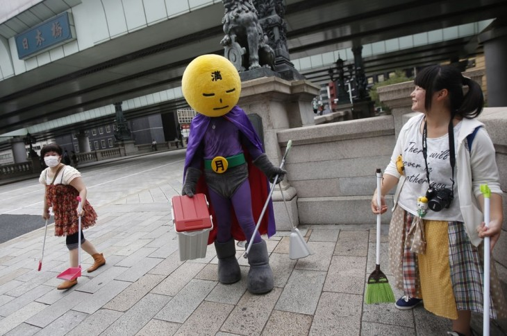 Street Cleaner Superhero in Japan
