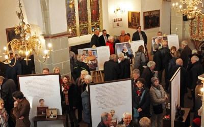 """""""Was bleibt"""" und """"Nicht(s) vergessen"""": Ausstellung und Veranstaltungsreihe in St. Simeonis eröffnet"""
