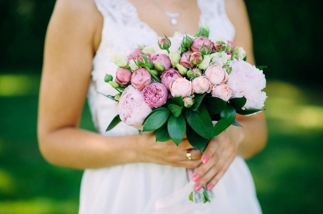 Аксессуары для свадебной фотосессии букет невесты
