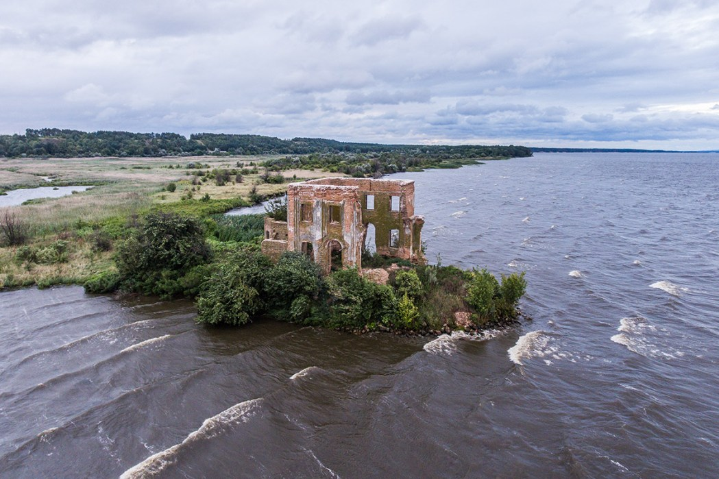 Затопленная церков