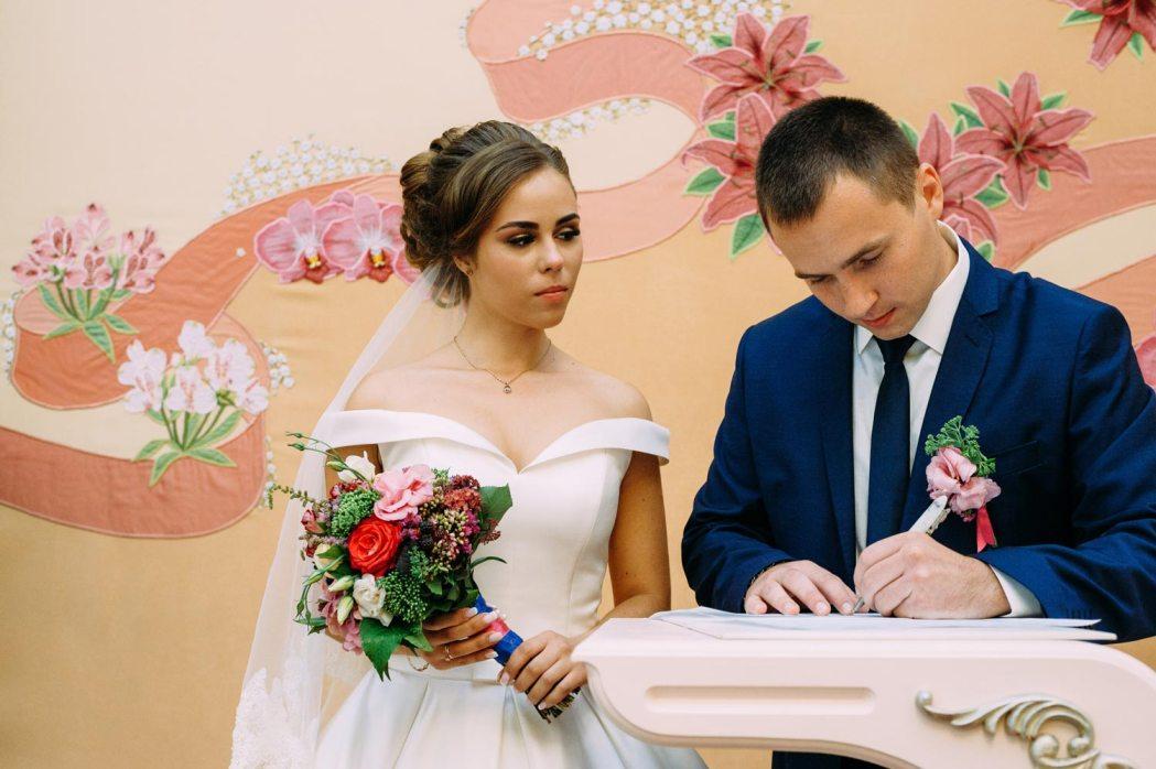 Свадебная церемония в Дарницком ЗАГСе