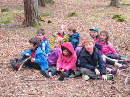 outdoor learning in the woods 043