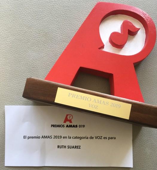 Premio AMAS 2019 Ruth Suarez Kirlo Mejor Voz