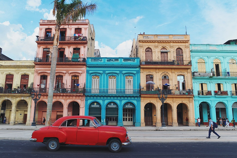 red car havana cuba top 10 instagram 2016