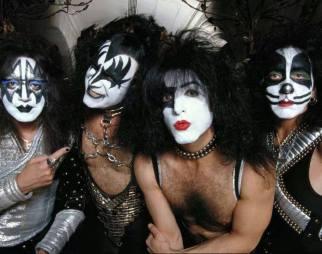 Kiss 1996