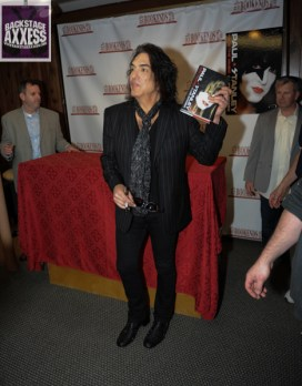 Paul Stanley Book Signing Bookends Ridgewood, NJ 4-9-14 086
