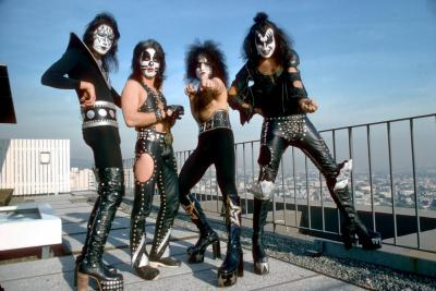kiss-818-c-moa-jan-1975-los-angeles-jpg
