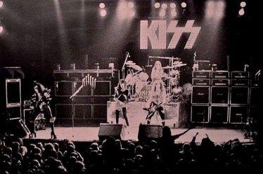 den-1976-20
